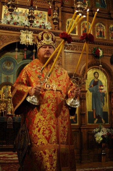 Фоторепортаж из Свято-Троицкого Ионинского монастыря о праздновании Светлого праздника Пасхи 304