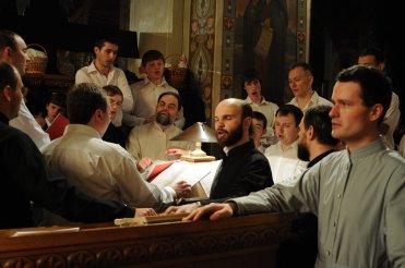 Фоторепортаж из Свято-Троицкого Ионинского монастыря о праздновании Светлого праздника Пасхи 331