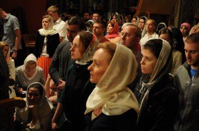Фоторепортаж из Свято-Троицкого Ионинского монастыря о праздновании Светлого праздника Пасхи 338