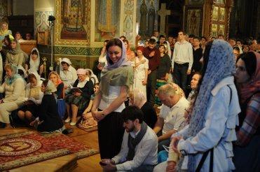 Фоторепортаж из Свято-Троицкого Ионинского монастыря о праздновании Светлого праздника Пасхи 355
