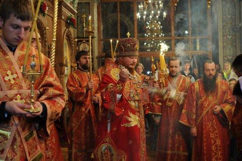 Фоторепортаж из Свято-Троицкого Ионинского монастыря о праздновании Светлого праздника Пасхи 404