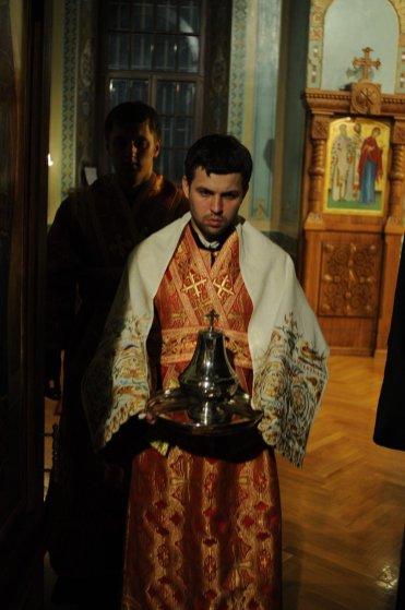 Фоторепортаж из Свято-Троицкого Ионинского монастыря о праздновании Светлого праздника Пасхи 412