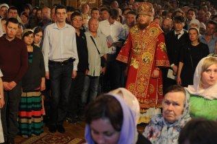 Фоторепортаж из Свято-Троицкого Ионинского монастыря о праздновании Светлого праздника Пасхи 442
