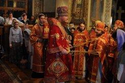 Фоторепортаж из Свято-Троицкого Ионинского монастыря о праздновании Светлого праздника Пасхи 469