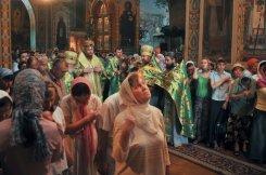 Святая Троица. Фотографии праздничного богослужения из Свято-Троицкого Ионинского монастыря.2013 год. 64