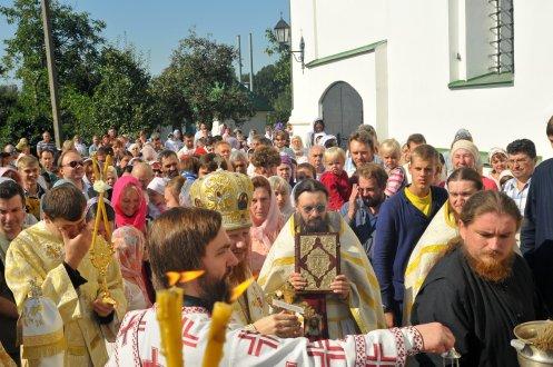 300 фото с храмового праздника Преображение Господне Спасо-Преображенского скита Ионинского монастыря 219