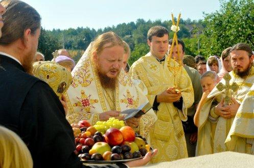 300 фото с храмового праздника Преображение Господне Спасо-Преображенского скита Ионинского монастыря 230