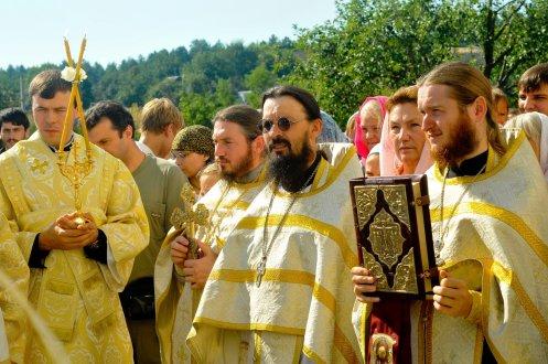 300 фото с храмового праздника Преображение Господне Спасо-Преображенского скита Ионинского монастыря 238