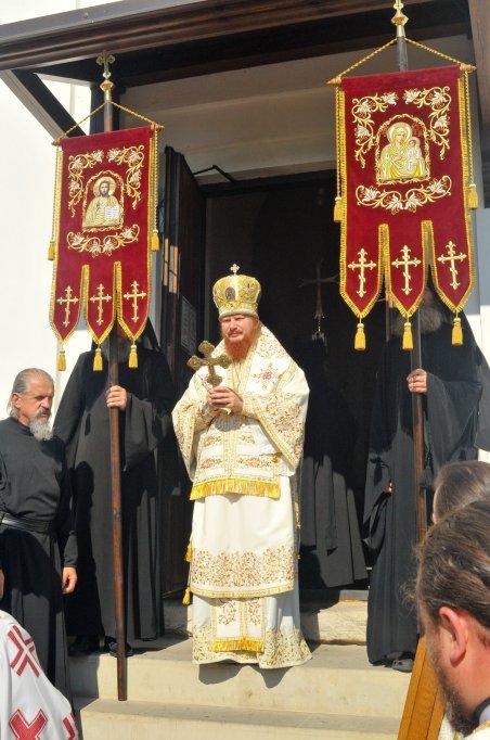 300 фото с храмового праздника Преображение Господне Спасо-Преображенского скита Ионинского монастыря 241