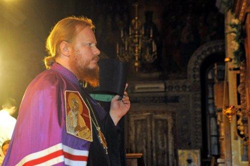 Фотографии с Рождественской службы в СвятоТроицком Ионинском монастыре 20