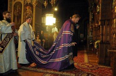 Фотографии с Рождественской службы в СвятоТроицком Ионинском монастыре 21