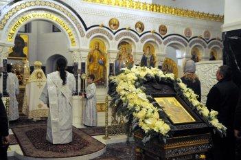Несколько фотографий с Рождественской службы из Свято-Троицкого Китаевского мужского монастыря. 40
