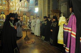 Фотографии с Рождественской службы в СвятоТроицком Ионинском монастыре 128