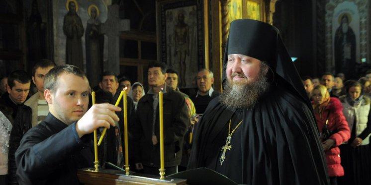 Фотографии с Рождественской службы в СвятоТроицком Ионинском монастыре 138