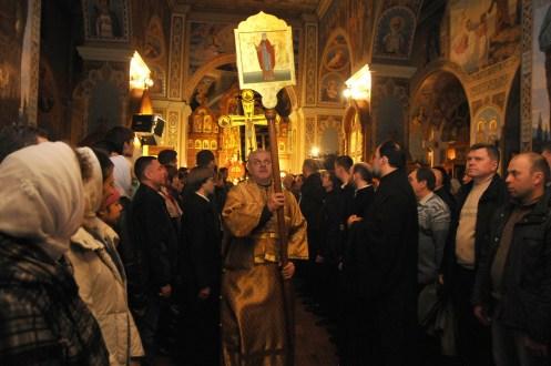 Фото репортаж со Свято-Троицкого Ионинского монастыря г.Киев со Светлого Праздника Воскресения Христова. 258