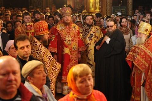 Фото репортаж со Свято-Троицкого Ионинского монастыря г.Киев со Светлого Праздника Воскресения Христова. 141