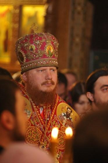 Фото репортаж со Свято-Троицкого Ионинского монастыря г.Киев со Светлого Праздника Воскресения Христова. 124