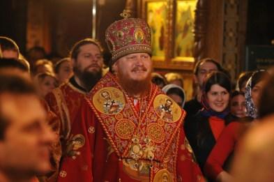 Фото репортаж со Свято-Троицкого Ионинского монастыря г.Киев со Светлого Праздника Воскресения Христова. 119