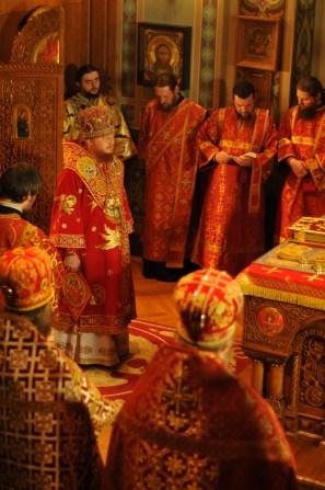 Фото репортаж со Свято-Троицкого Ионинского монастыря г.Киев со Светлого Праздника Воскресения Христова. 97