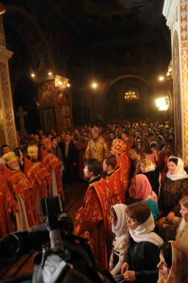Фото репортаж со Свято-Троицкого Ионинского монастыря г.Киев со Светлого Праздника Воскресения Христова. 4