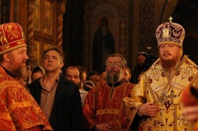 Фото репортаж со Свято-Троицкого Ионинского монастыря г.Киев со Светлого Праздника Воскресения Христова. 6
