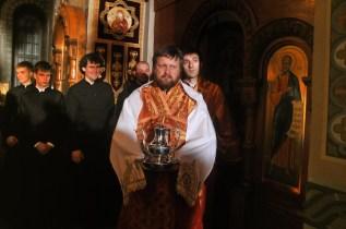 Фото репортаж со Свято-Троицкого Ионинского монастыря г.Киев со Светлого Праздника Воскресения Христова. 10
