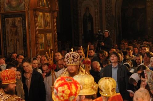 Фото репортаж со Свято-Троицкого Ионинского монастыря г.Киев со Светлого Праздника Воскресения Христова. 80