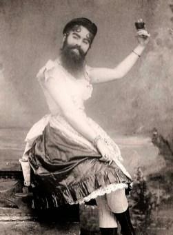 Бородатые женщины, искусство и извращения. Фото. 4