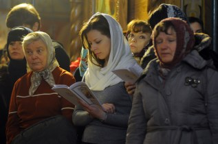 Маленькие чудеса и радости в Свято-Троицком Ионинском монастыре. Фото портреты и зарисовки 48
