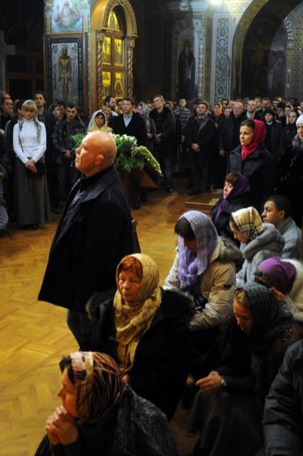 Маленькие чудеса и радости в Свято-Троицком Ионинском монастыре. Фото портреты и зарисовки 150