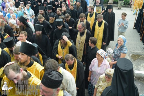 0364_0329_great ukrainian procession with the prayer for peace and unity of ukraine