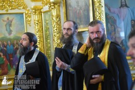 0385_0329_great-ukrainian-procession-with-the-prayer-for-peace-and-unity-of-ukraine