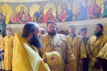 consecration_bishop_cassian_0100