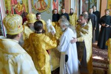 consecration_bishop_cassian_0105