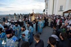 easter_procession_ukraine_pochaev_0041