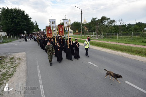 easter_procession_ukraine_pochaev_0080