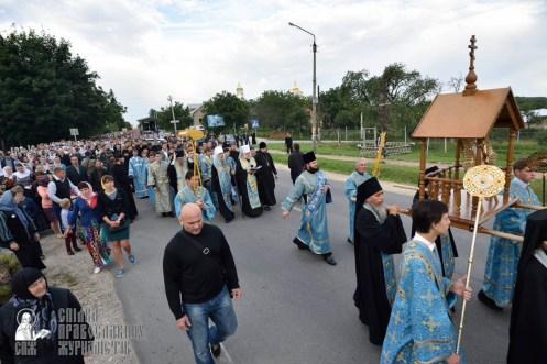 easter_procession_ukraine_pochaev_0088
