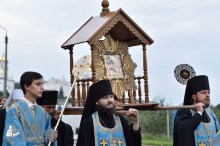easter_procession_ukraine_pochaev_0093