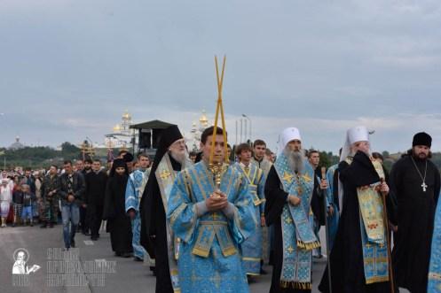 easter_procession_ukraine_pochaev_0140