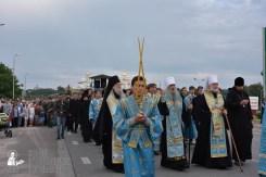 easter_procession_ukraine_pochaev_0141