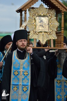 easter_procession_ukraine_pochaev_0147