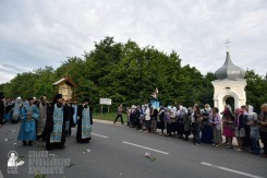 easter_procession_ukraine_pochaev_0202