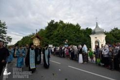 easter_procession_ukraine_pochaev_0203