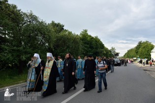 easter_procession_ukraine_pochaev_0207