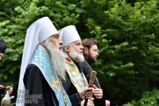easter_procession_ukraine_pochaev_0215