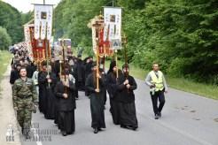 easter_procession_ukraine_pochaev_0219