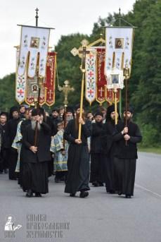 easter_procession_ukraine_pochaev_0234