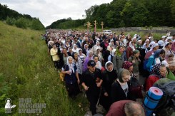 easter_procession_ukraine_pochaev_0247