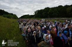 easter_procession_ukraine_pochaev_0251