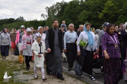easter_procession_ukraine_pochaev_0270